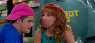 07 kathy griffin zings zach
